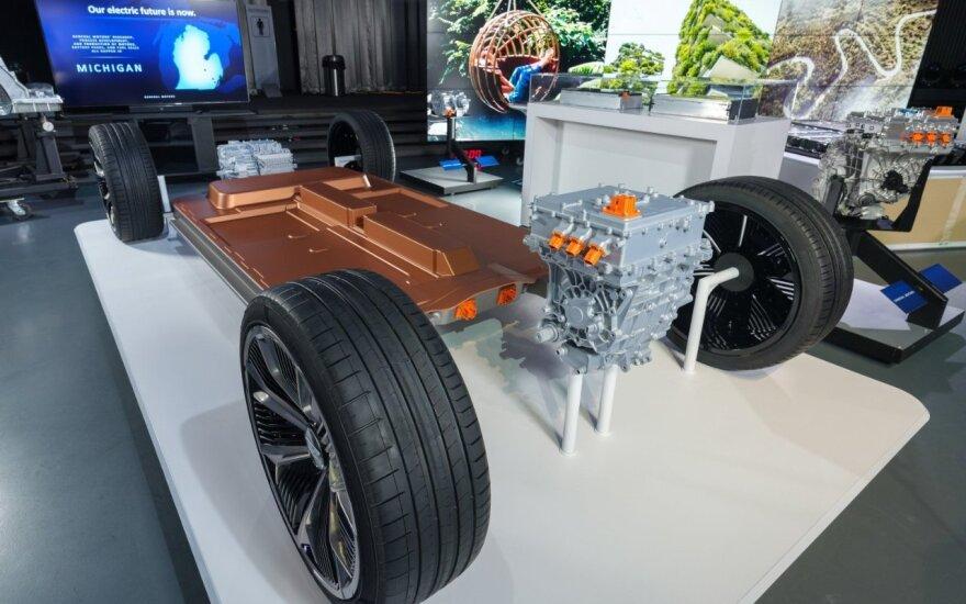 """""""General Motors"""" pristatė naujas baterijas elektromobiliams"""