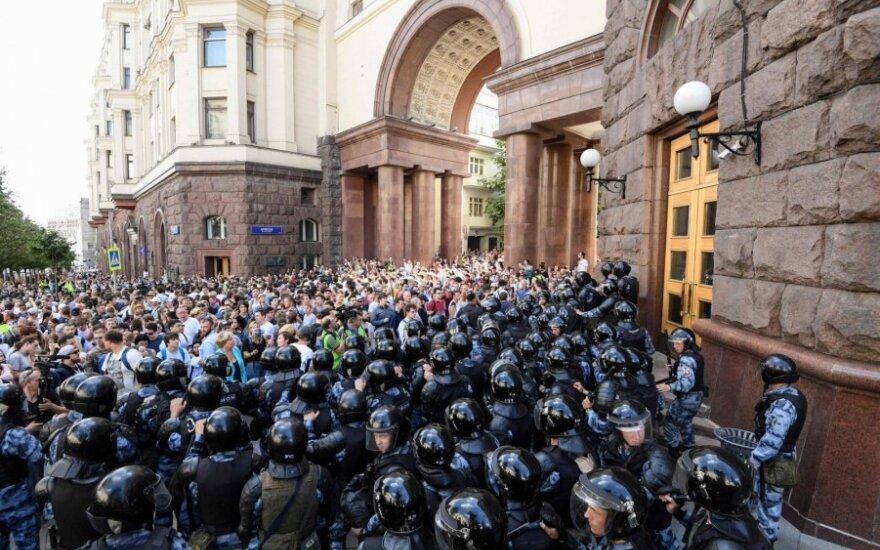 Maskvos meras: policija pagrįstai naudojo jėgą prieš demonstrantus