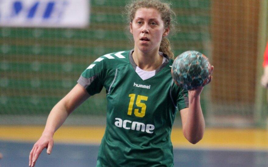 Lietuvos moterų rankinio lyderių dvikovoje – kauniečių pergalė
