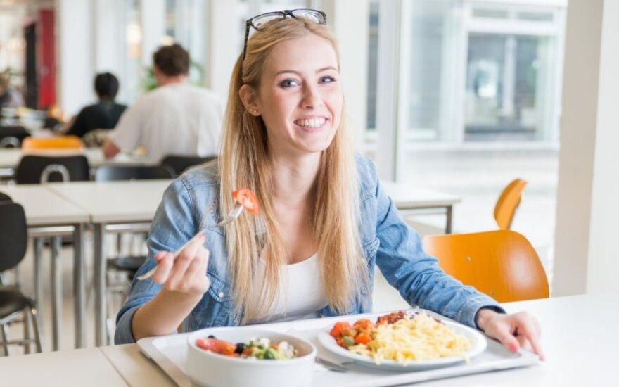 Kodėl pietus reikia valgyti sočius?