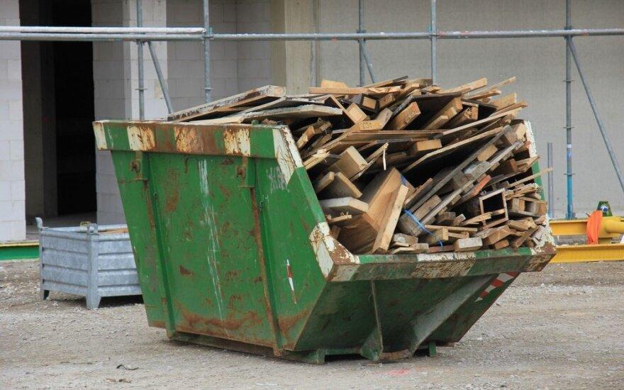 Ne vietoje paliktos statybinės atliekos kainuoja ir teršėjui, ir kaimynams
