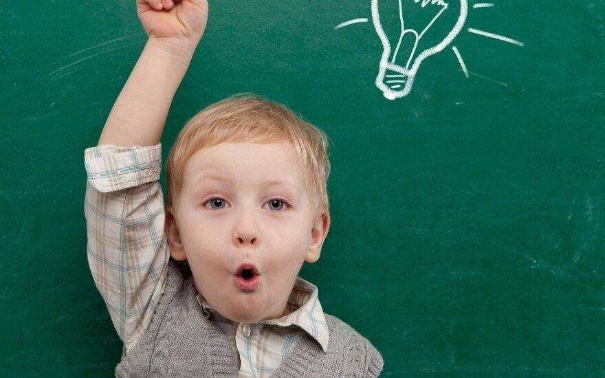 Žaidžiame mokyklą: ką būtina žinoti priešmokyklinuko tėvams