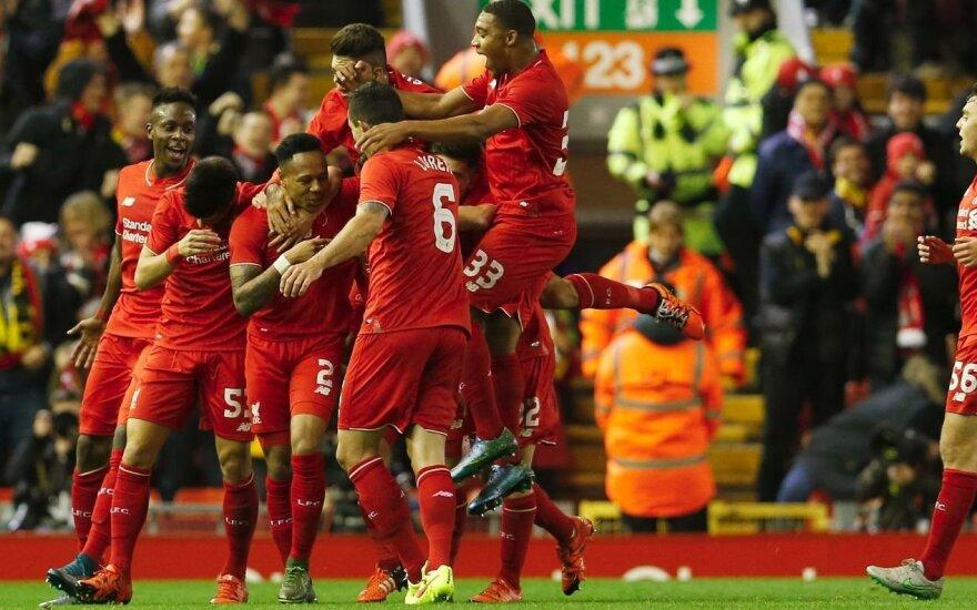 """FC """"Liverpool"""" futbolininkai"""