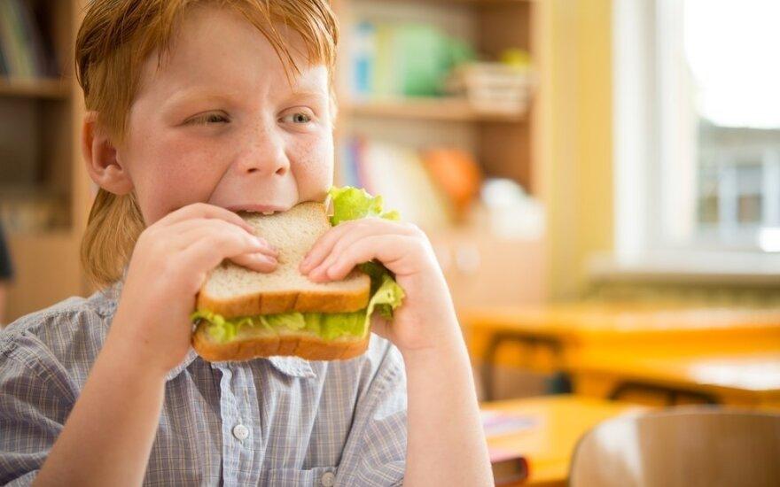 Kas kaltas, kad vaikai nenori valgyti mokykloje?
