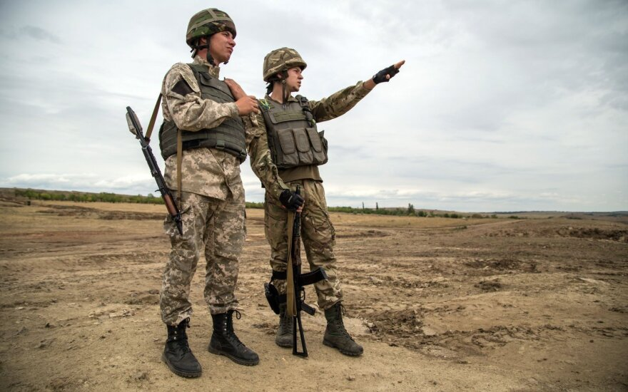 Lithuanian soldiers train troops of National Guard of Ukraine