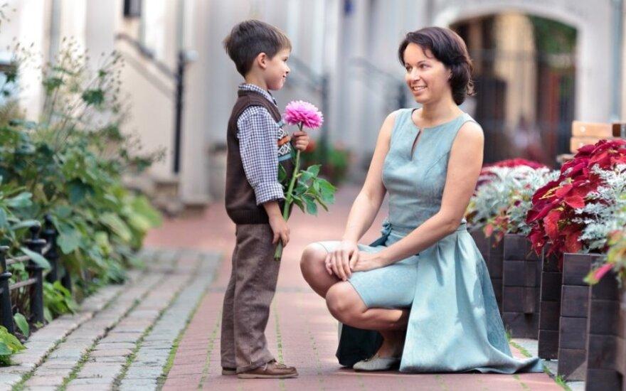 R. Vanagaitė: kai vaikas norės palikti namus, padėk jam susidėti daiktus