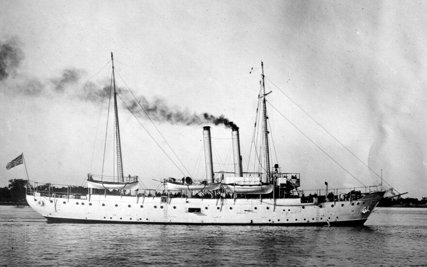 Į JAV plaukiantis laivas Pirmojo pasaulinio karo metais