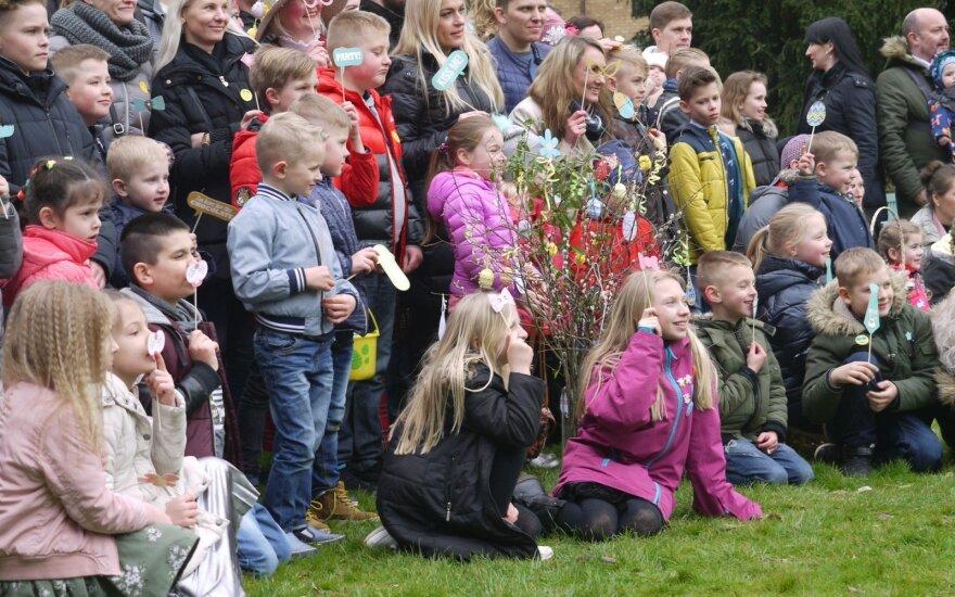 """Peterboro lietuviai šventė Velykas: čia nedalyvavo vaidinamieji """"tipiniai"""" emigrantai"""
