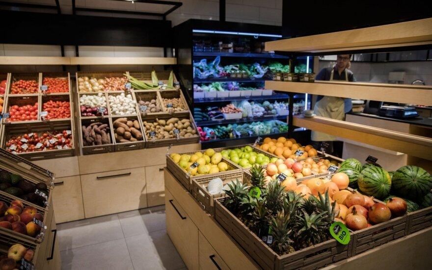 Vilniaus parduotuvė, kur 19 eurų už kilogramą pomidorų – normali kaina
