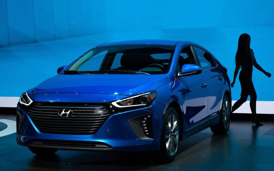 """""""Hyundai Ioniq"""""""