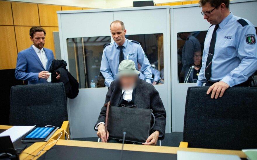 Vokietijoje prasidėjo buvusio SS koncentracijos stovyklos sargybinio teismas