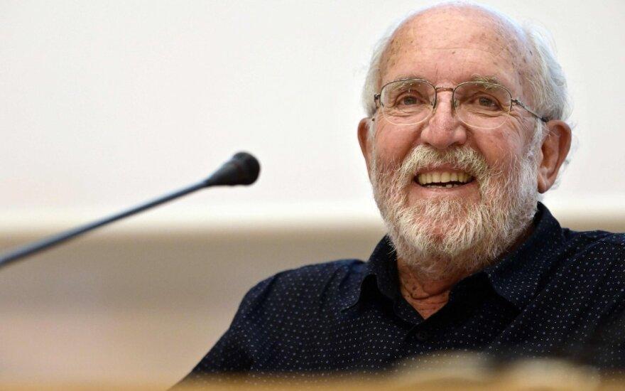 Nobelio fizikos premijos laureatas Michelis Mayoras