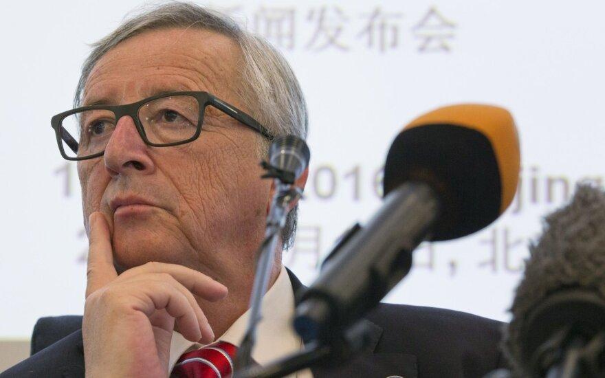 """EK vadovas pasisako prieš Britanijos prekybos derybas iki """"Brexit"""""""