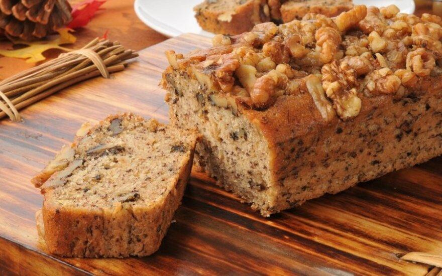 Gardžioji Eglės riešutų duona