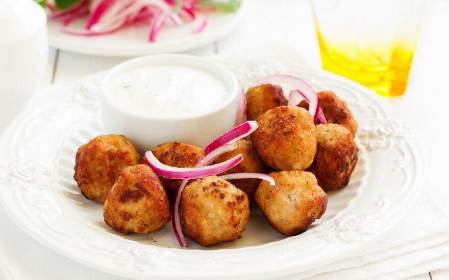 Tuno ir bulvių kroketai