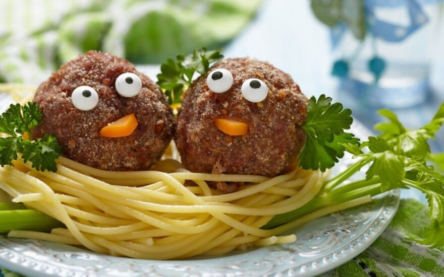 Šeimos gydytoja: normaliai vaiko raidai mėsa būtina