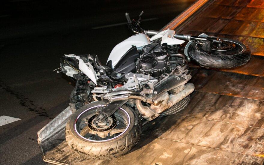 Motociklininkas po įvykio atsidūrė ligoninėje