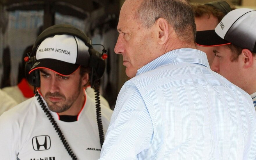 F. Alonso: negaliu garantuoti, kad startuosiu Kinijoje