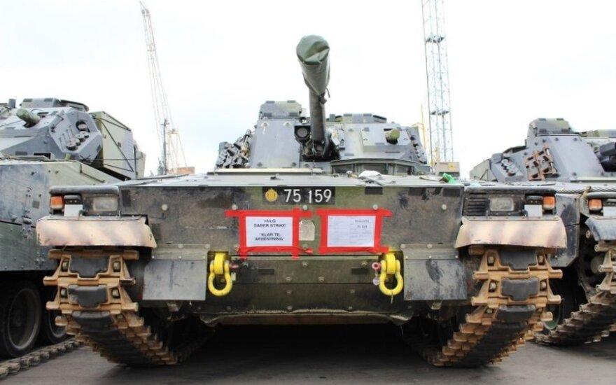 NATO tankai pasiekė Lietuvą