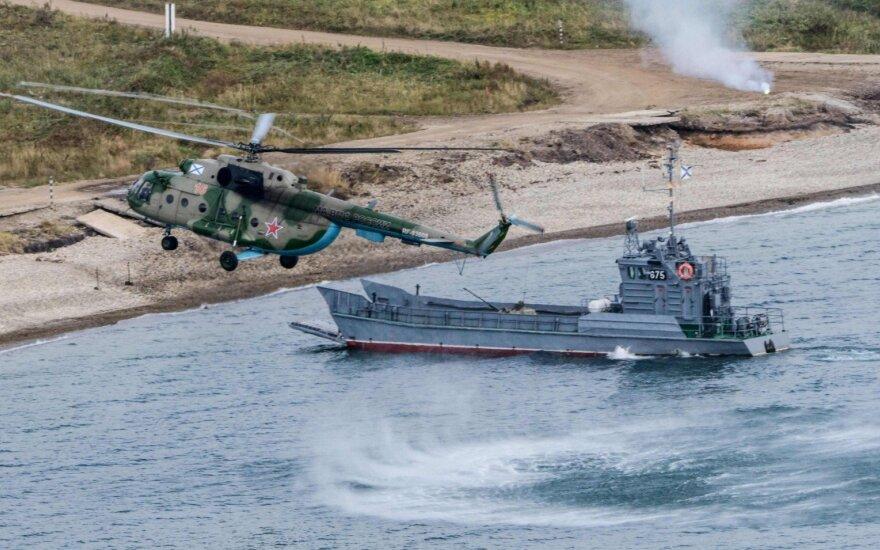 Rusija vykdo karinio jūrų laivyno pratybas Japonijos jūroje