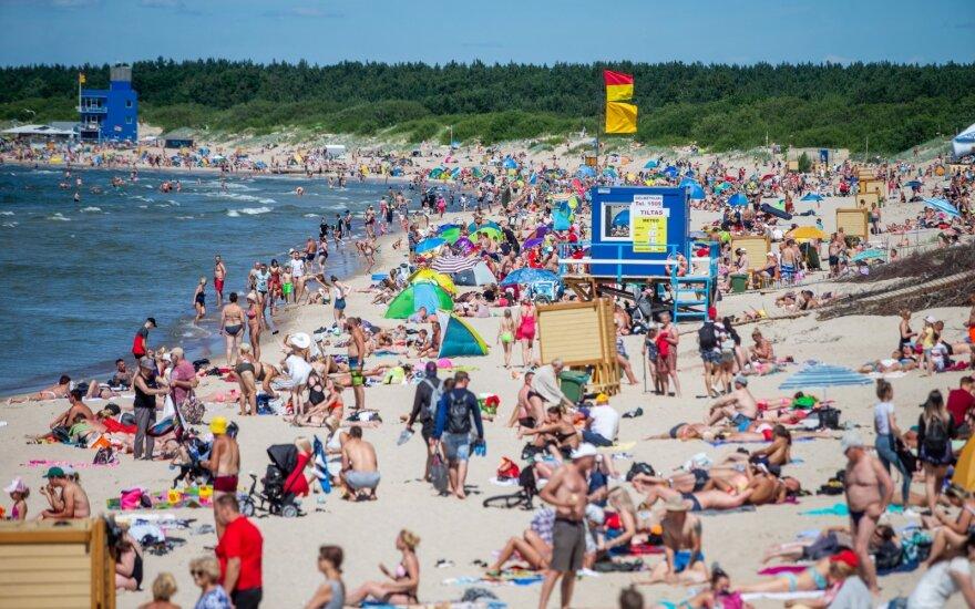 Lietuviai dėl atostogpinigių nepersistengia: gerai gyvename, kai nebereikia galvoti apie 10 eurų