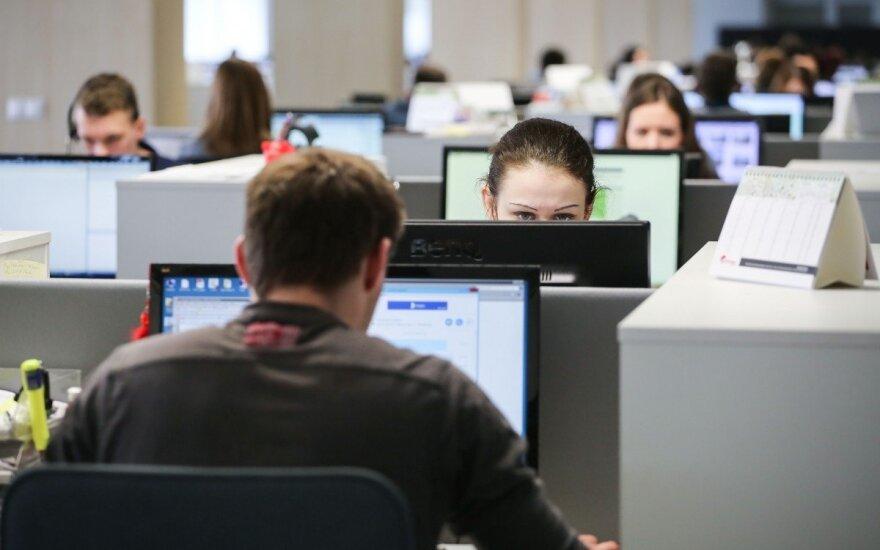 Tyrimas: lietuviai patenkinti savo profesija, bet nelojalūs darbovietei
