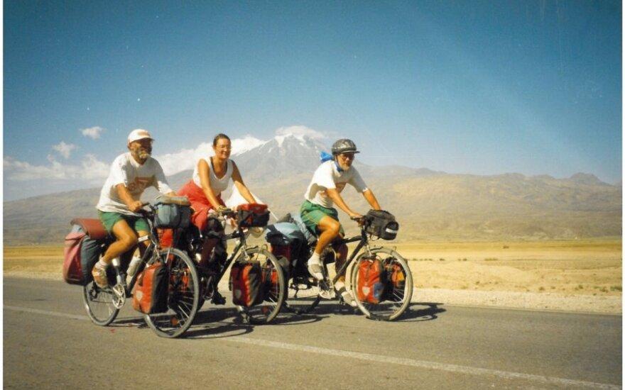 Aplink pasaulį dviračiais - per 525 dienas