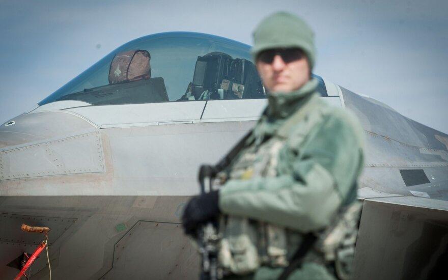 Lietuvoje – dar nematyti JAV naikintuvai: kaip į tai reaguos Rusija?