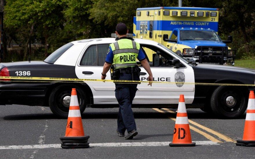 JAV žiniasklaida: sprogdinimais Teksase įtartas asmuo negyvas
