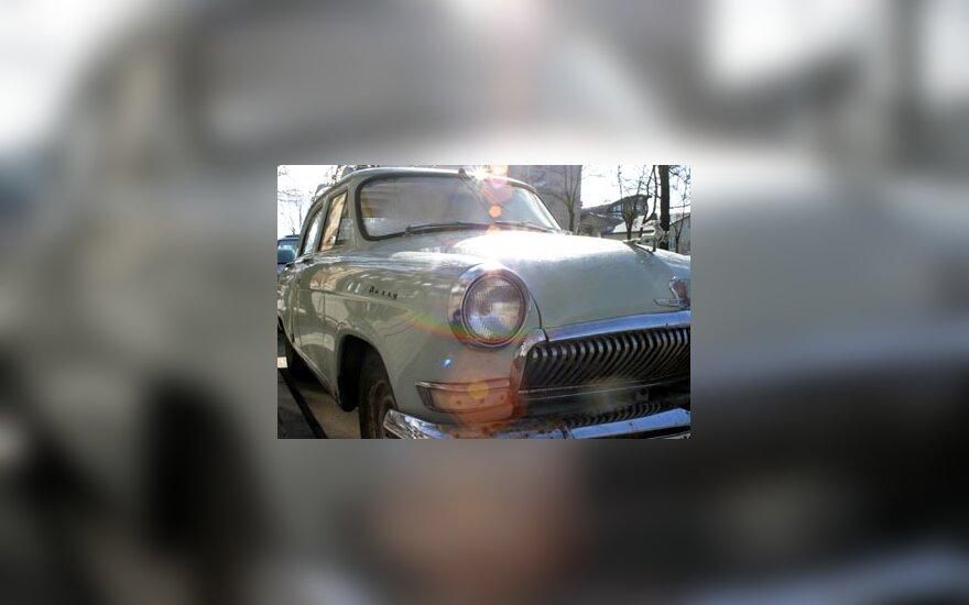 Senas automobilis, lempos