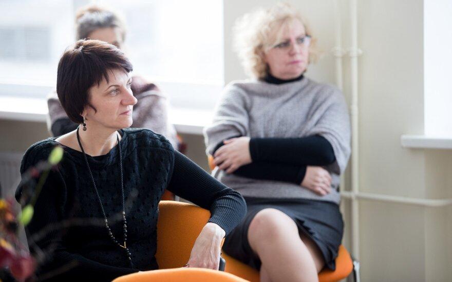 Mokytojo profesijos prestižą bandys gražinti specialiomis stipendijomis: steigs skatinimo fondą