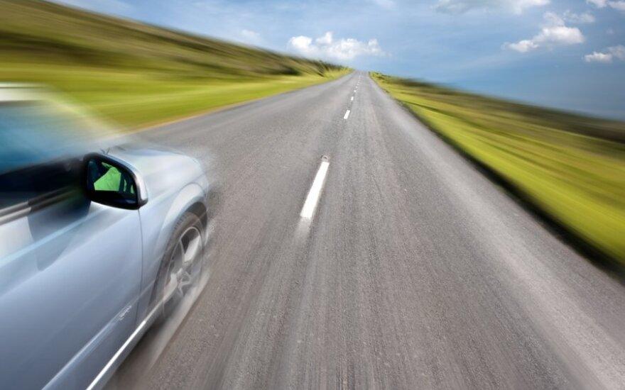Britanijoje siūloma didinti maksimalų leistiną greitį