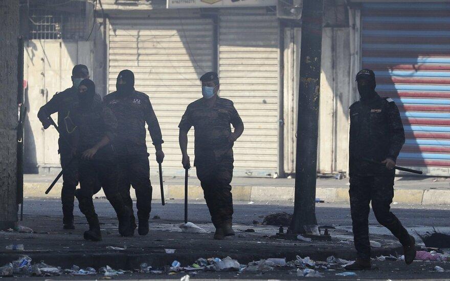 Irake prieš Soleimani laidotuves surengtas naujas antskrydis prieš vietos kovotojus