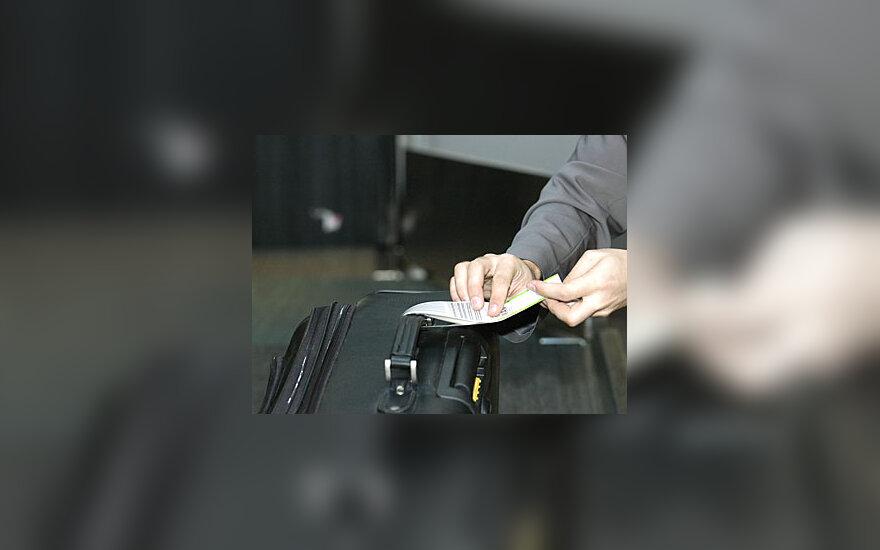 Oro uostas, tarnautojas, bagažas, keleivių aptarnavimas, registravimas