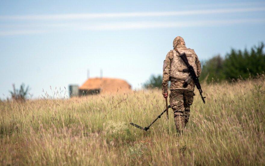 Ukrainoje per parą žuvo trys vyriausybės pajėgų kariai