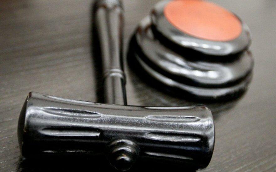 Teismas dėl senaties atmetė 5 mln. eurų skundą dėl nugriautų namų Neringoje