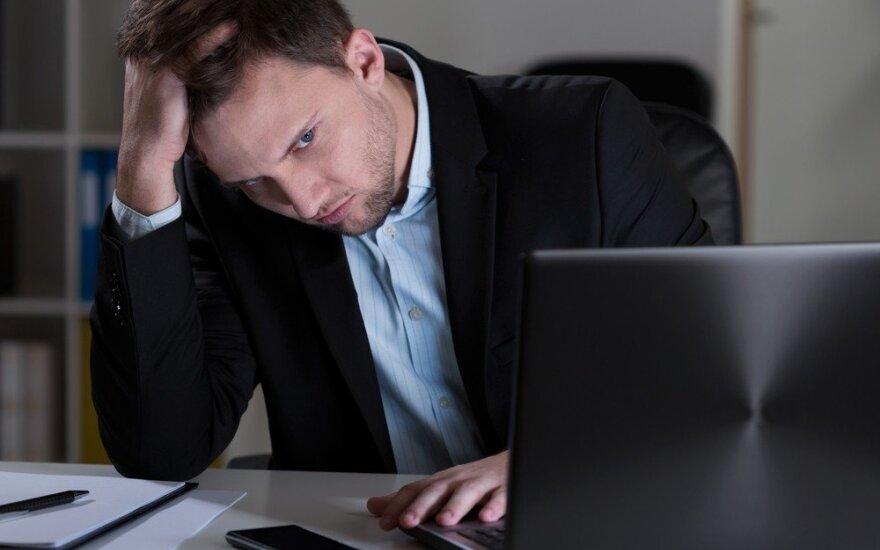 Kas atsitinka su santykiais, kai vyras tampa darboholiku