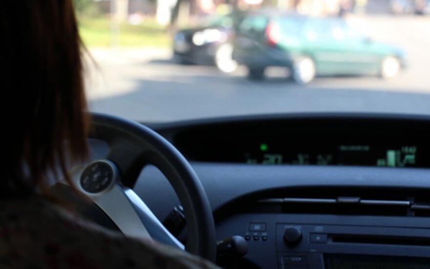 Klaipėdietė nesitikėjo sulaukti intymaus pasiūlymo iš mašiną paprašiusio patraukti vyro