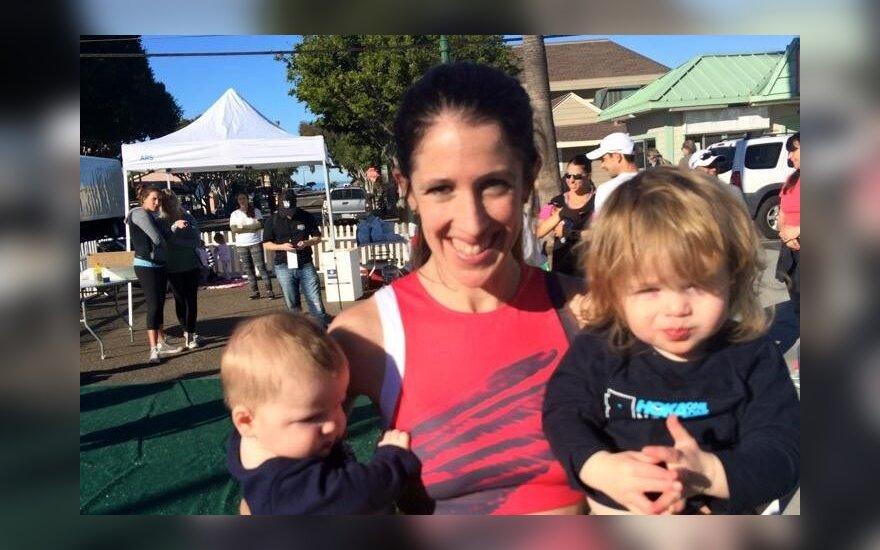 Stephanie Rothstein Bruce su vaikais