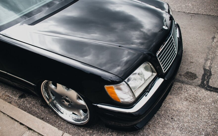 "Unikalus kauniečio ""Mercedes-Benz S420"". Laurynas M. nuotr."
