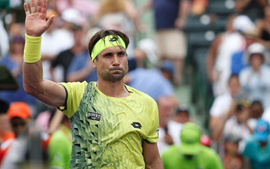 ATP serijos vyrų teniso turnyro Švedijoje pusfinalyje – trys ispanai bei portugalas