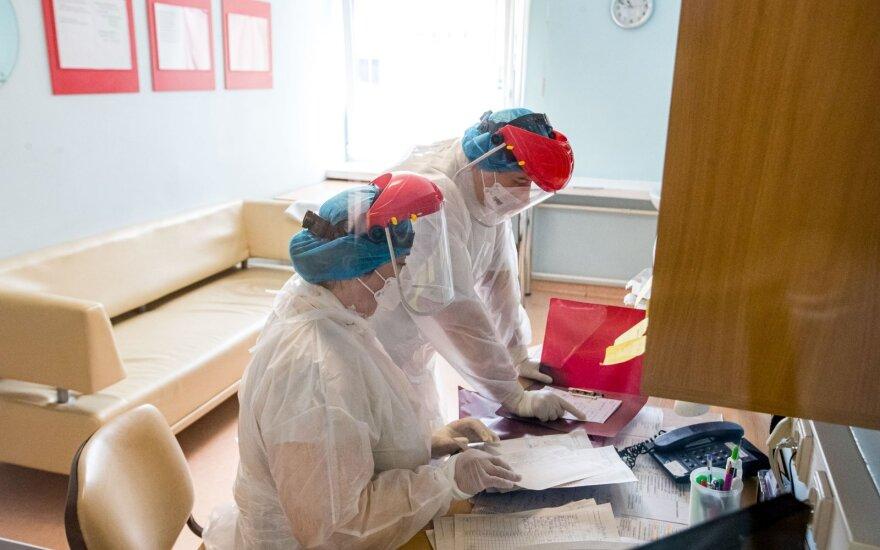 Koronaviruso auka tapo Santaros klinikų pacientas: buvo gydomas nuo gegužės
