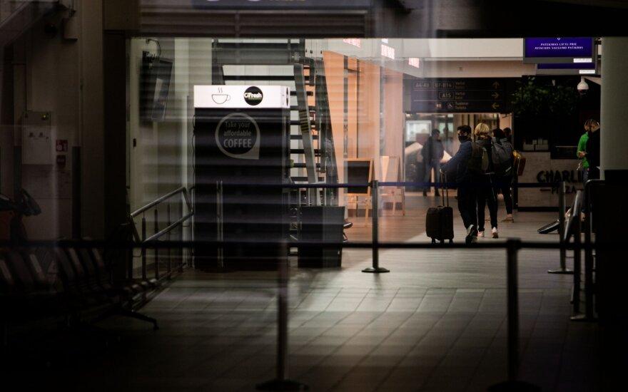 """""""Boeing"""" pranešė apie planus atsisakyti dar 7000 darbo vietų"""