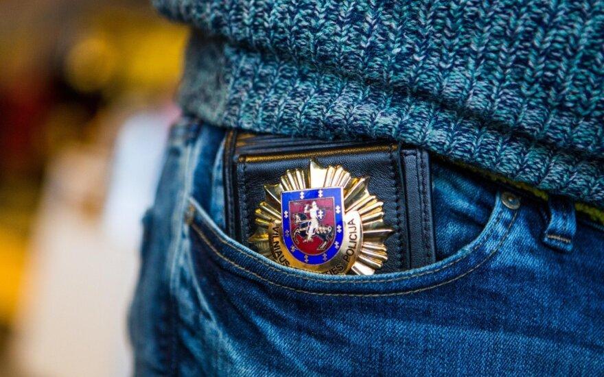 """""""Žmogiškos klaidos"""" kaina: 50-metę policija pavertė prostitute, o antstoliai areštavo sąskaitas"""