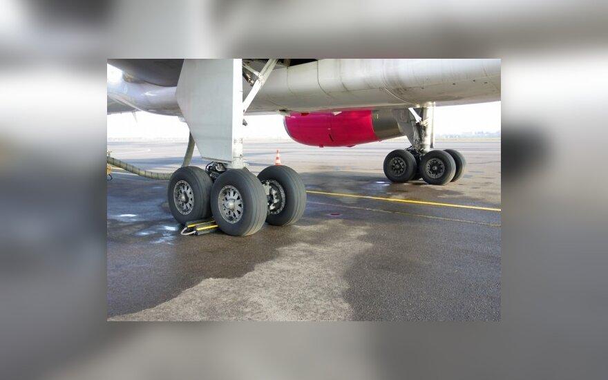 Vėl turėtų kilti lėktuvai iš Vilniaus į Tbilisį