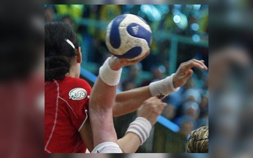 Lietuvos moterų rankinio lygos lyderės triuškina varžoves