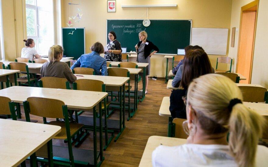 Geriausiai besimokantiems abiturientams – 190 eurų per mėnesį