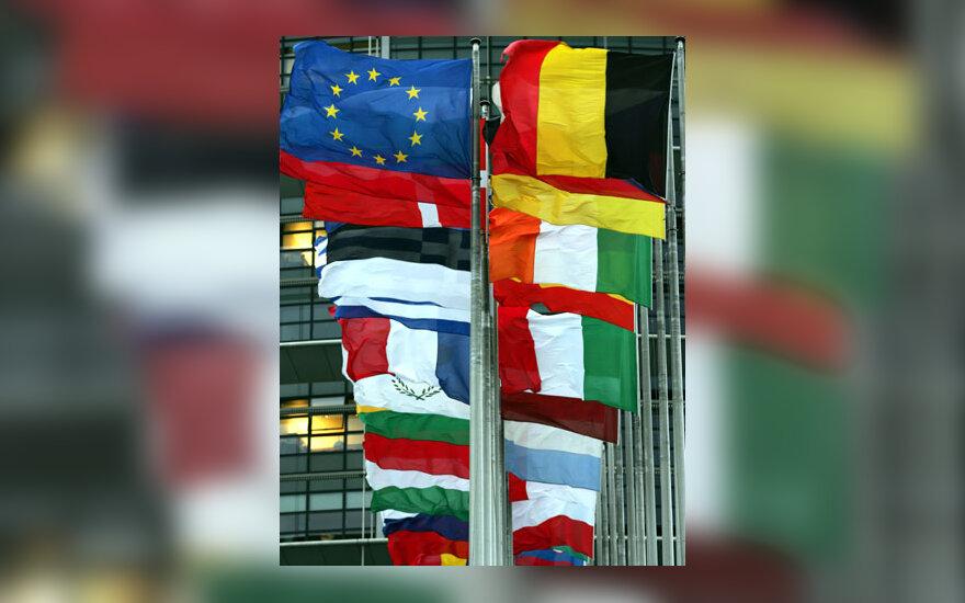 Europos Sąjungos šalių vėliavos plevėsuoja priešais Europos Parlamentą Strasbūre