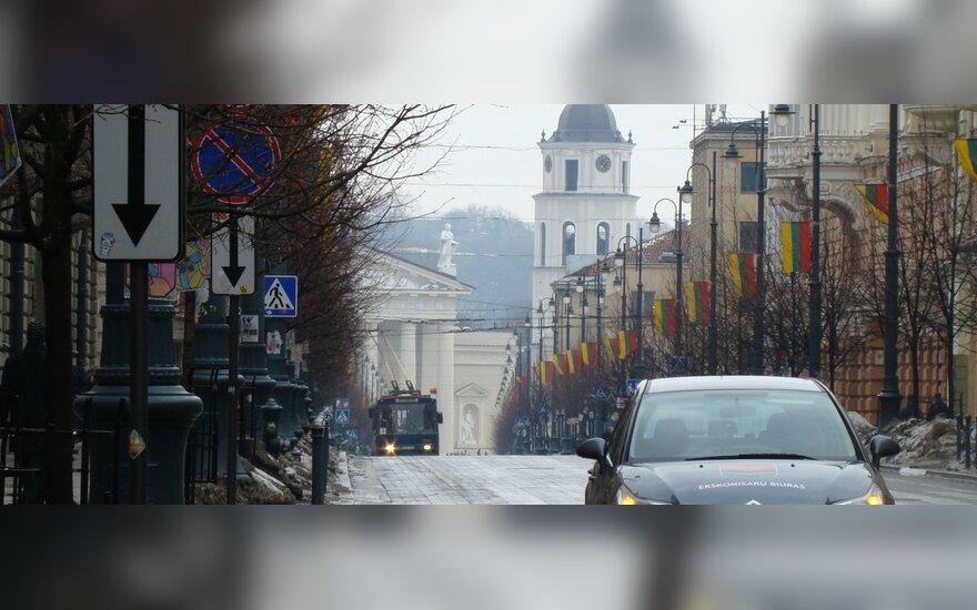 Vilniuje, Gedimino pr. 26. 2011-03-11, 12.40 val.