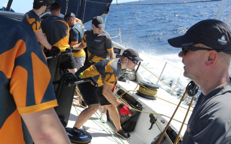"""""""Ambersail 2"""" ruošiasi startui Barbadose"""
